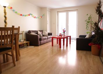 Thumbnail 3 bed flat to rent in Cannon Street Road, Whitechapel, London