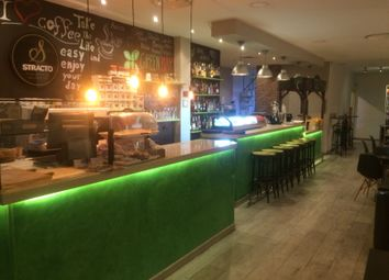 Thumbnail Restaurant/cafe for sale in Beautiful Upper Market Gastro Pub/Cafe, Marbella, Málaga, Andalusia, Spain