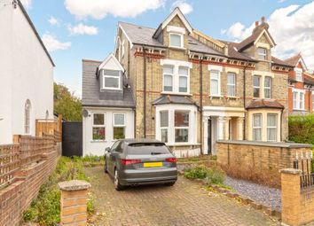 2 bed flat to rent in Gleneldon Road, London SW16