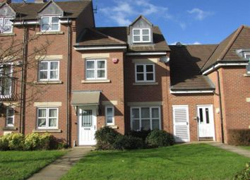 Thumbnail 4 bed town house to rent in Middlewood Close, Solihull