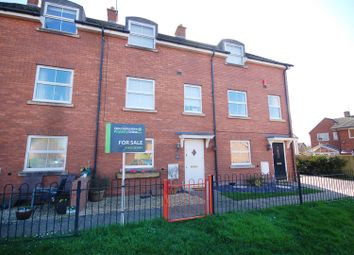 Thumbnail 3 bed terraced house for sale in Blackwell Close, Stonehouse