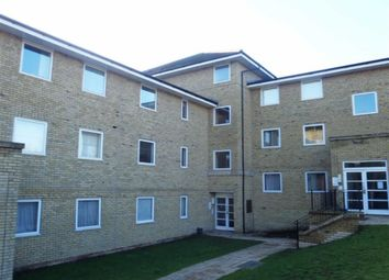 Thumbnail 2 bed flat to rent in Hogg Lane, Grays