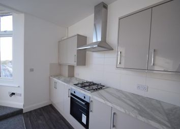 Thumbnail 2 bed flat to rent in Southchurch Road, Southend On Sea, Essex