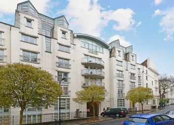 Thumbnail 1 bed flat to rent in Kensington Gardens Square, Notting Hill