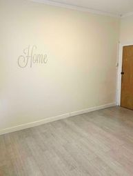 Thumbnail Studio to rent in High Street, Chatham, Kent