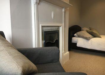 Thumbnail Room to rent in Elderline Avenue, London