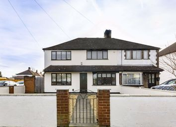3 bed property to rent in Swan Road, Feltham TW13
