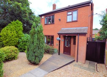 Thumbnail 4 bedroom detached house for sale in Ragdale, Burghfield Common, Reading