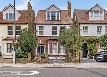 Richmond Parade, Richmond Road, Twickenham TW1. 1 bed flat for sale