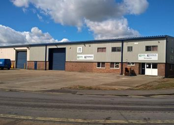Thumbnail Light industrial to let in Unit Larkfield Trading Estate, New Hythe Lane, Larkfield, Aylesford, Kent