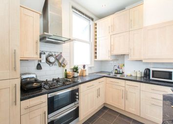 Thumbnail 1 bed flat to rent in Tremadoc Road, Clapham, London