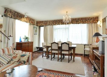 Thumbnail 4 bedroom property to rent in Graham Terrace, Belgravia