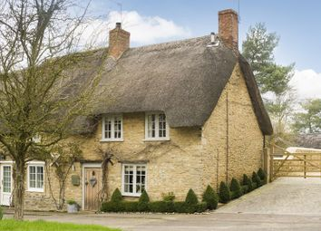 Thumbnail 2 bedroom cottage for sale in High Street, Upper Heyford, Bicester