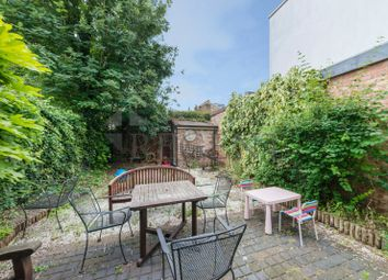 Thumbnail 3 bed property to rent in Berrymede Road, Chiswick, London