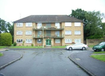 Thumbnail 3 bed flat to rent in Courts Road, Earley, Reading