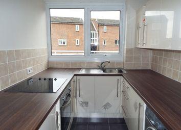 Thumbnail 2 bedroom flat to rent in Brackley Crescent, Basildon