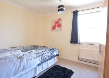 Thumbnail Room to rent in Broadfield Barton, Broadfield