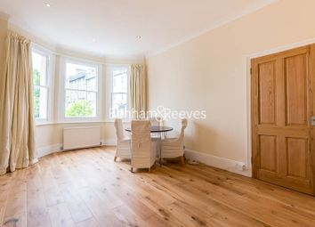 Thumbnail 2 bedroom flat to rent in Gayton Crescent, Hampstead