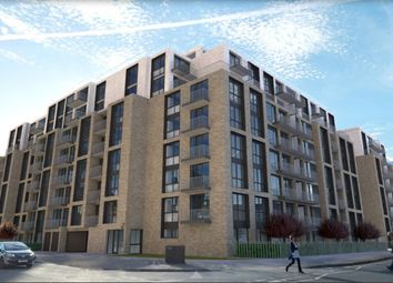 Thumbnail 1 bed flat for sale in Herschel Street, Slough