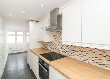 Thumbnail 2 bed flat for sale in Smarts Lane, Loughton