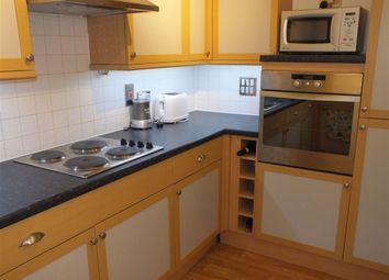 Thumbnail 2 bed flat to rent in Clarendon Court, Clarence Road, Windsor, Berkshire