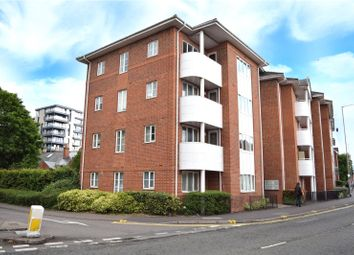 Thumbnail 3 bed flat to rent in Kings Oak Court, Queens Road, Reading, Berkshire