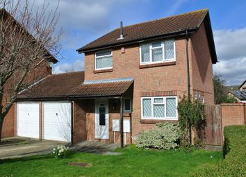 Thumbnail 3 bed property for sale in Greenwich Gardens, Newport Pagnell