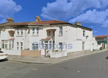 Thumbnail 1 bed flat for sale in Kings Road, East Ham