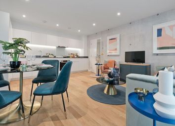 2 bed flat for sale in West End Road, Southall UB1