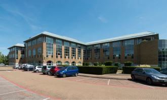 Thumbnail Office to let in Airport Way, Luton