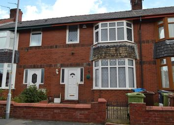 3 bed terraced house to rent in Eton Avenue, Oldham OL8