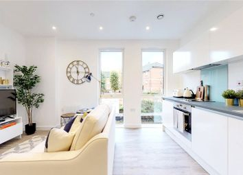Thumbnail 1 bed flat for sale in 300 King's Road, Reading, Berkshire