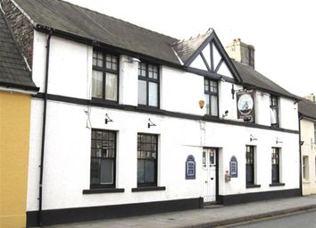 Thumbnail Pub/bar for sale in Powys LD3, Powys