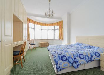 Thumbnail 2 bed flat to rent in Heber Road, Cricklewood