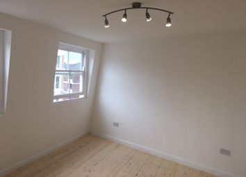 Thumbnail 5 bedroom property to rent in Bethnal Green Road, London