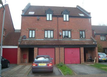 4 bed detached house to rent in Fishers Field, Buckingham MK18