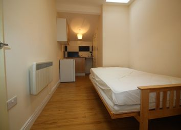 Thumbnail Studio to rent in Stamford Hill, London