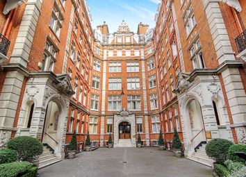 Thumbnail 4 bedroom flat to rent in Queen's Gate, London