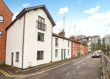Blakes Cottages, Reading, Berkshire RG1. 3 bed town house for sale