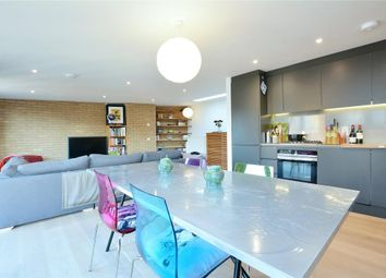 Thumbnail 2 bed property for sale in Hatton Wall, Farringdon