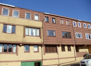Thumbnail 2 bed flat for sale in Braehead Road, Cumbernauld, Glasgow