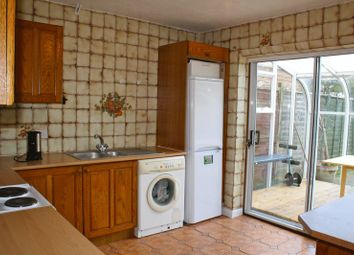 Thumbnail Room to rent in Elmside, Guildford