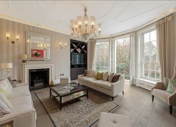 Thumbnail 3 bed flat for sale in Green Street, Mayfair, London