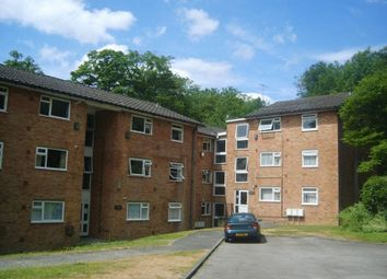 Thumbnail 2 bedroom flat to rent in Hillside Road, Whyteleafe