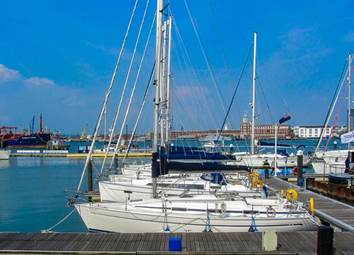 Thumbnail Commercial property for sale in The Barge, Gosport