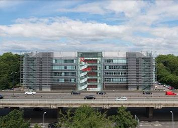 Thumbnail Office to let in Parkview, Great West Road, Brentford
