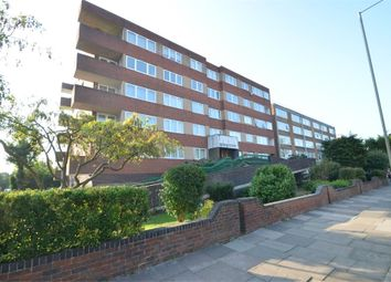 Thumbnail 3 bed flat to rent in Regent Court, Ballards Lane, Finchley