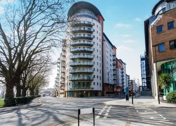Thumbnail 1 bed flat for sale in Oceana Boulevard, Lower Canal Walk, Southampton, Hampshire