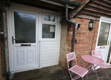 Thumbnail 1 bed flat to rent in Waterside, Chesham