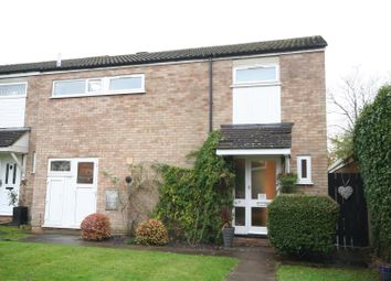 Thumbnail 3 bed property for sale in Fairfield Close, Radlett